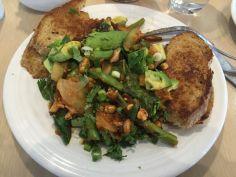 Venice | Avocado salad di Café Gratitude