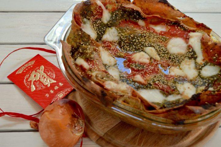 Natale vegano: Lasagne al pesto rosso e cipolle caramellate🎄🍅🌿