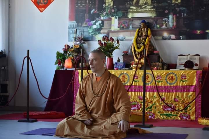 le-domande-al-maestro-chan-nella-sala-di-buddha