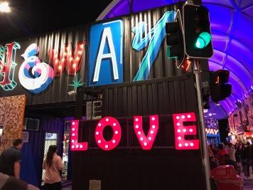 BNE_2017_love